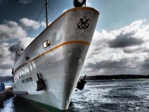 ferry-527728_640