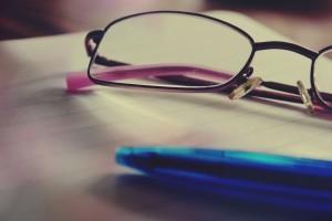 rp_glasses-919304_1280-300x200.jpg