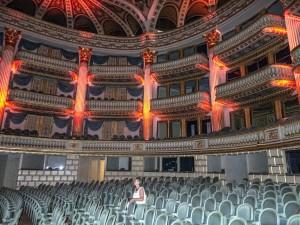 theatre-426447_1280